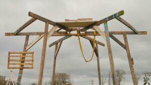 Cabane champi en construction