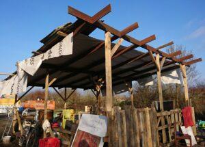 Cabane en cours de construction